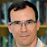 Dr. Marcus Cruse