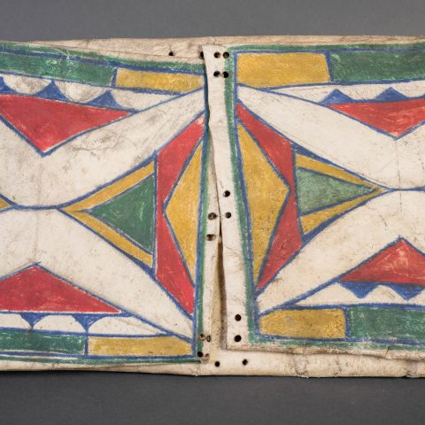 Crow, Montana, American. Parfleche Case, ca. 1885. Cattle rawhide and pigment, 25 5/16 × 16 1/2 in. Museum purchase from the Chandler/Pohrt Collection 1985.32